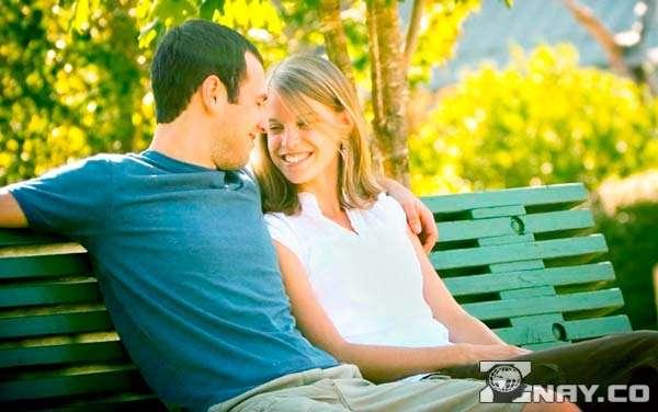 Девушка узнает про интимную жизнь у парня